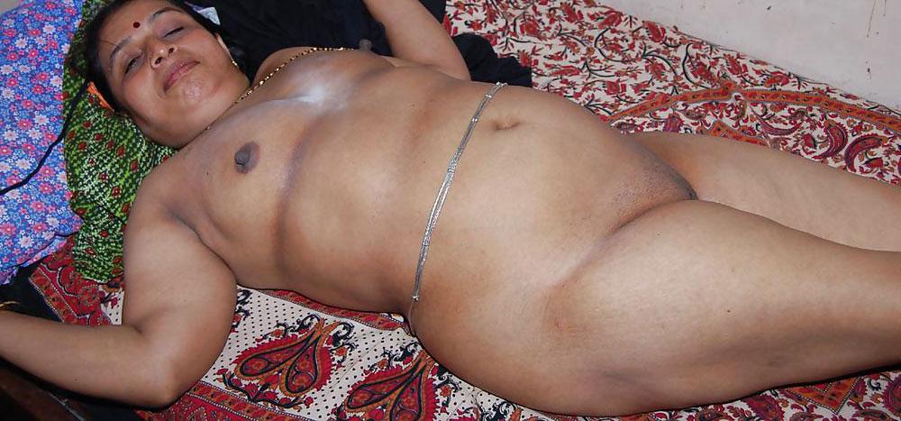 nude-aunty-lines-man-fuckes-female-germanshepart-pussy