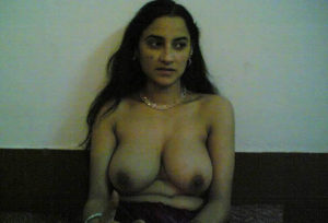 nude indian bhabhi nipple