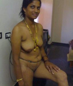 sexy desi boobs aunty