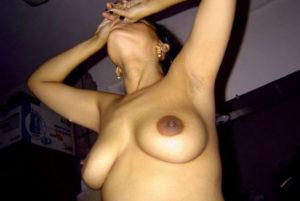 sexy nude desi tits
