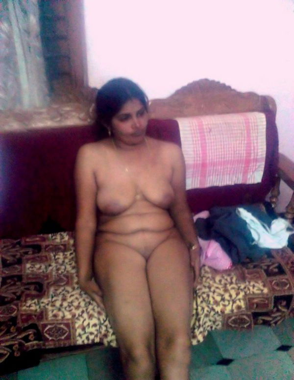 aunties of Nude images