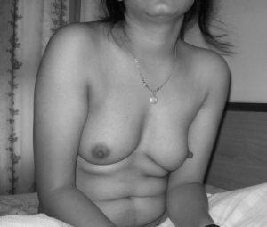 hottest Indian desi titties