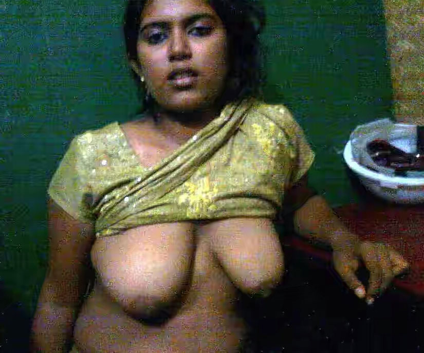 amateur-naked-mallu-gf-mother-gave
