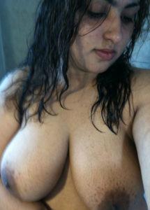 busty boobs bhabhi pic