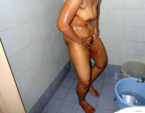 horny bath naked desi