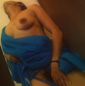 horny naked bhabhi pic