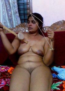 indian bhabhi nude horny