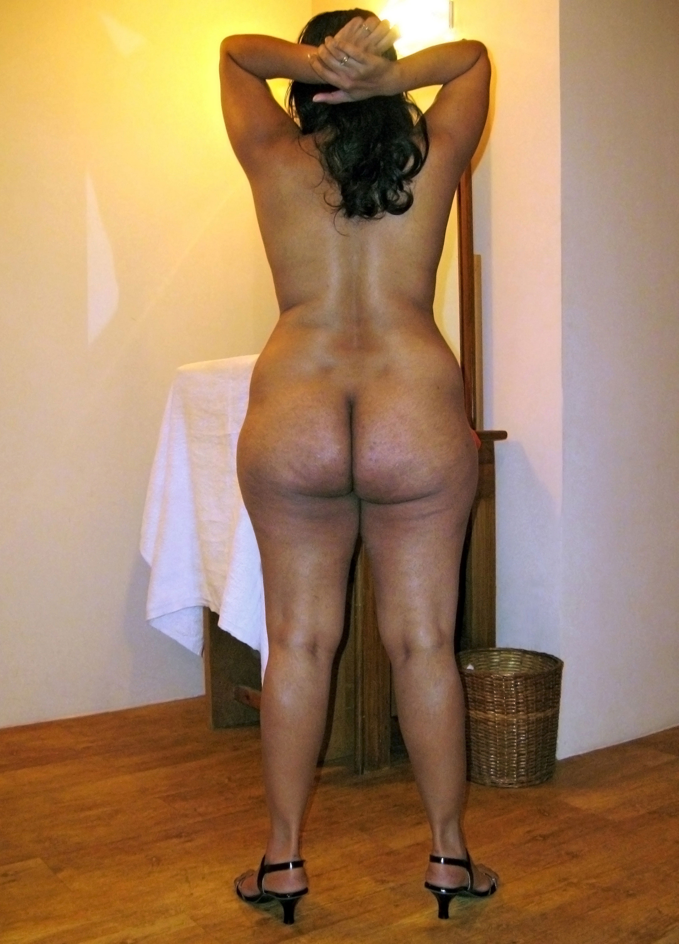 big ass wife nude
