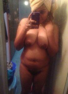 naughty bhabhi naked selfie
