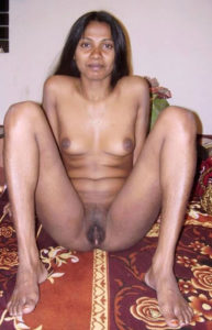 nude aunty pussy hot