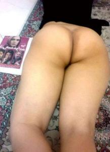 nude sexy ass babe