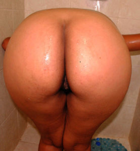 sexy ass babe nude