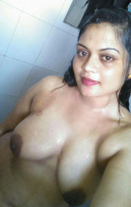 sexy babe nude hot