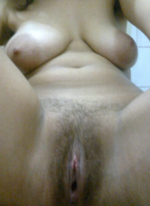sexy babe nude pussy