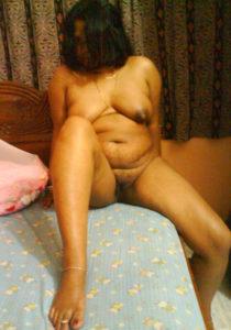 sexy naked bhabhi pic