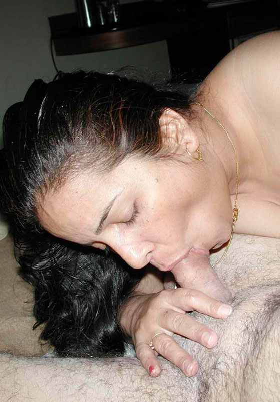 sucking cock nude babe