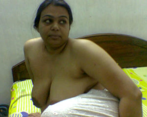 xxx desi aunty nude