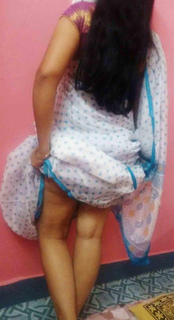 Sri lankan Girl Ass