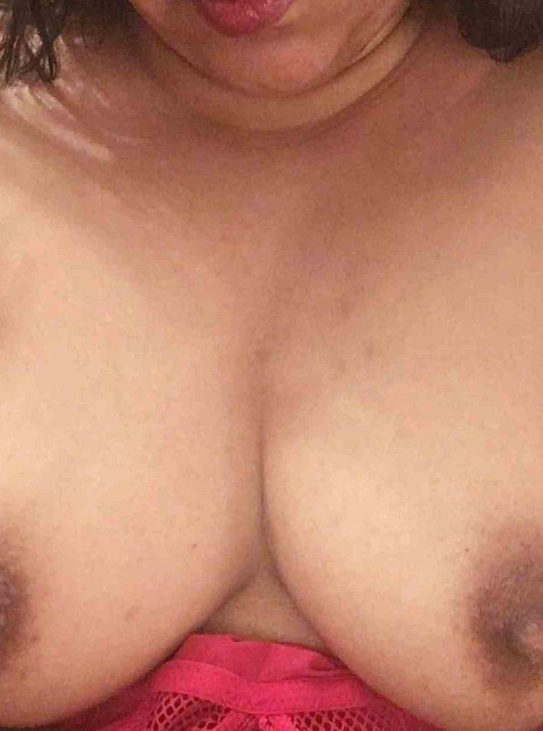 sri lankan aunties topless pic
