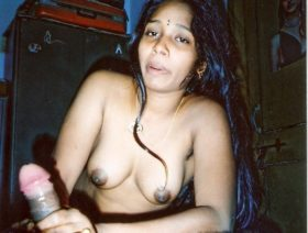 Naked Mumbai Bhabhi Blowjob