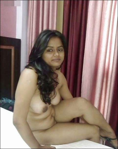 Naked Indian Aunty Cute Pics